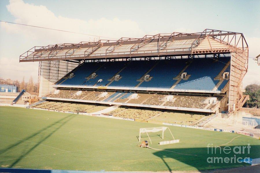 chelsea-stamford-bridge-east-stand-8-august-1990-legendary-football-grounds.jpg