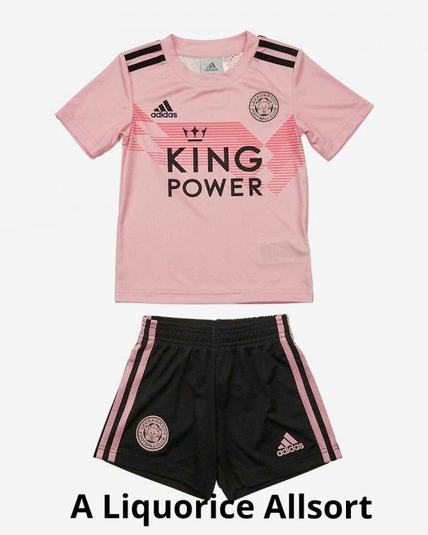 lcfc-3rd-mini-pink-black-set-1_1_kindlephoto-360101.jpg