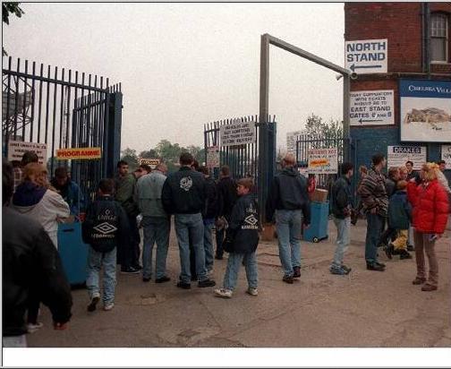 MAIN GATE 1999-00.jpg